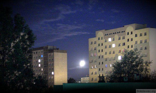Blokowiska nocą