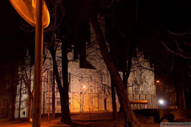Bolec by Night