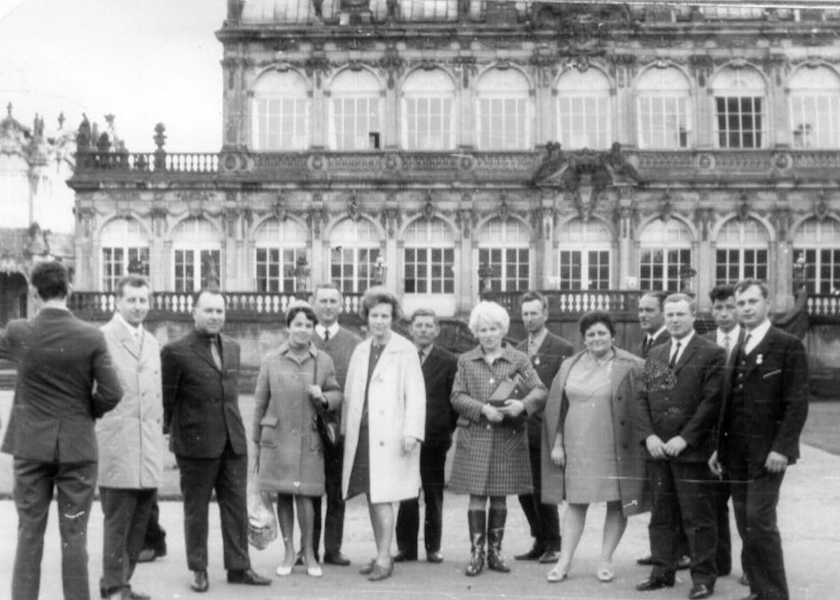 Wyjazd do NRD delegacji Szkoły i BPB-u (7.10.1969r)