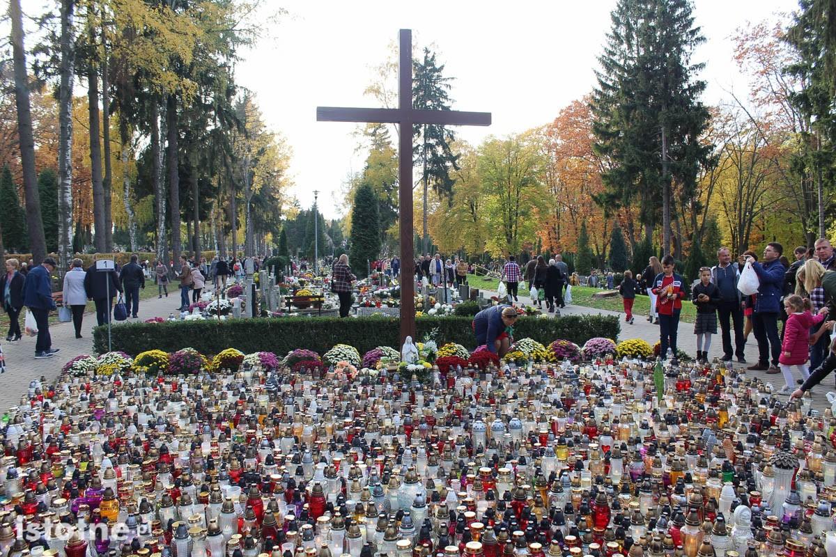 Cmentarz w Bolesławcu w czasie