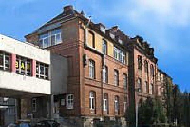 Likwidacja barier architektonicznych w szpitalu powiatowym