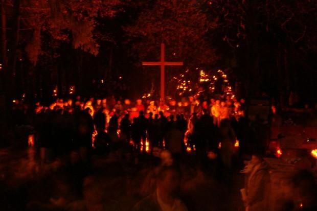 Bolesławianie odwiedzali groby najbliższych