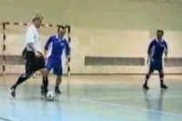Ruszyły rozgrywki halowej piłki nożnej