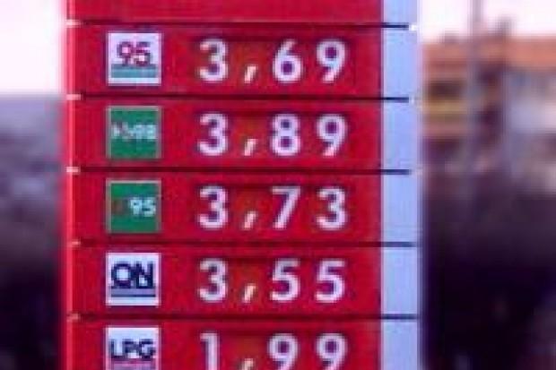 Orlen obniżył ceny paliw