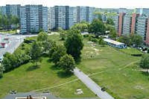 Plac księdza Popiełuszki znowu należy do miasta