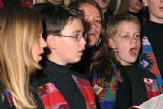 Dziecięce chóry wystąpiły w kościele