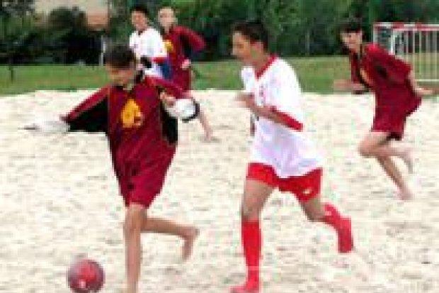Rozegrano II turniej plażowej piłki nożnej