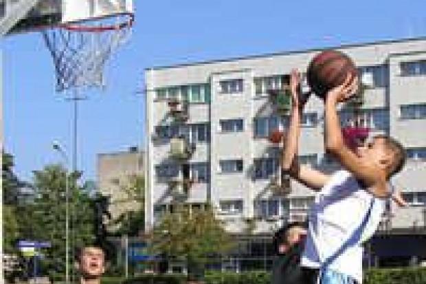 Podsumowano rozgrywki koszykówki ulicznej