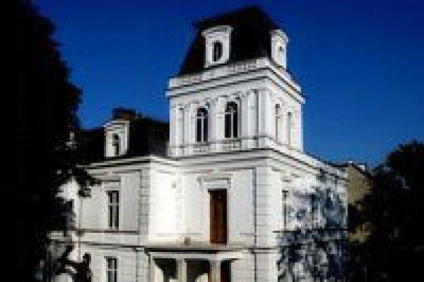 Piwnica Paryska zaprasza artystów