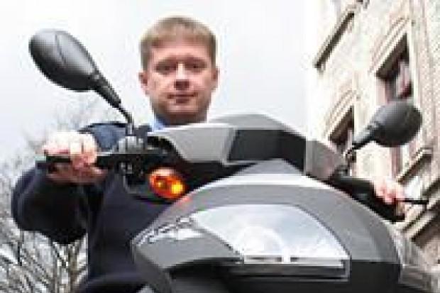 Strażnicy miejscy będą jeździć skuterem