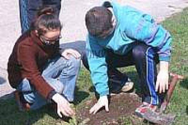 Uczniowie Szkół Specjalnych uczcili Święto Ziemi