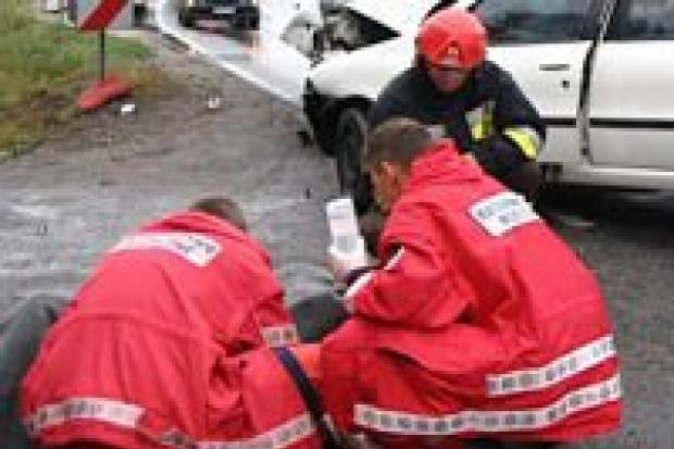 Dwie osoby zginęły, kilka zostało rannych w wypadkach