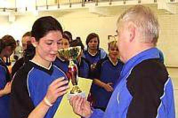 Szkoły średnie rywalizowały w piłce ręcznej