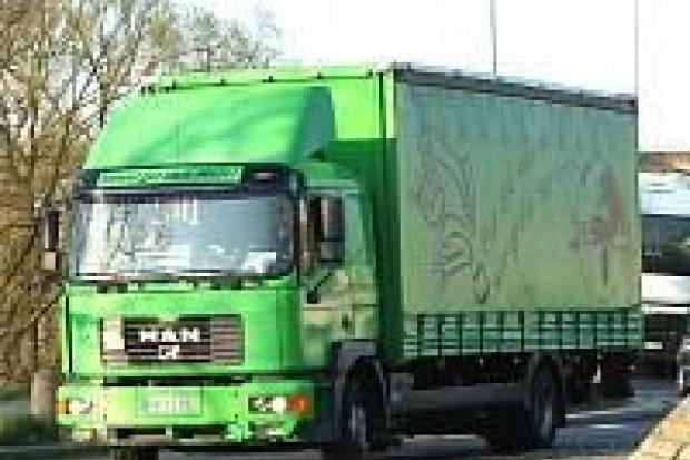 Policja: dowody rejestracyjne 82 pojazdów zatrzymane