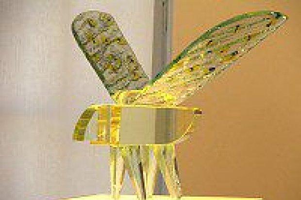Wystawę szkła artystycznego prezentuje Muzeum Ceramiki