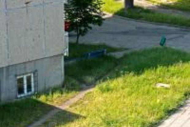 Mieszkańcy ul. Małachowskiego mają problem z placem zabaw