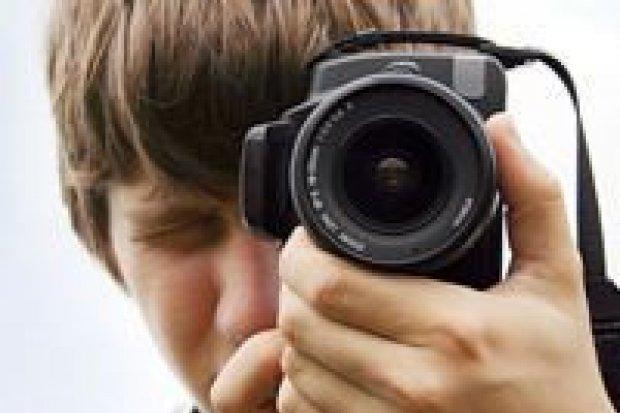 Utrwal jesienne impresje za pomocą aparatu fotograficznego i wygraj