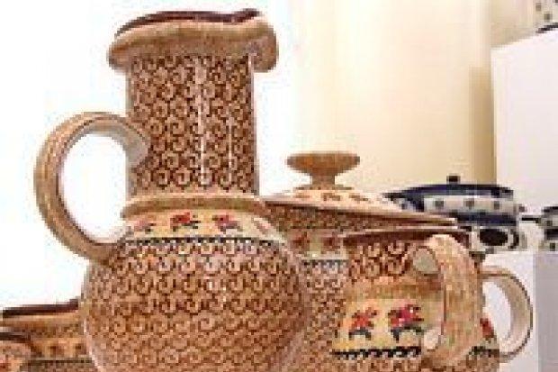 Zaprezentowano wystawę współczesnej ceramiki