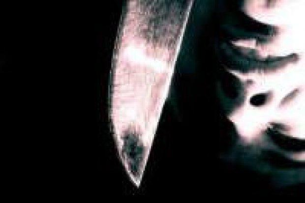 17-latek dźgnął mężczyznę nożem