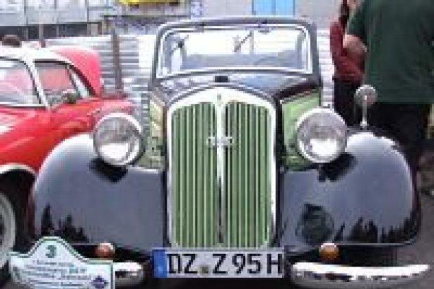 Pokaz zabytkowych samochodów odbył się w Bolesławcu