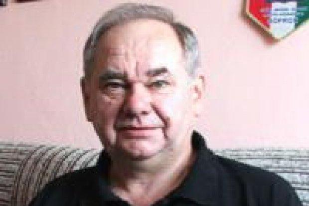 Zdzisław Mirecki ma największą kolekcję wizytówek w Polsce