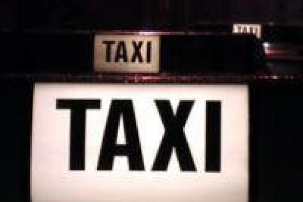 Trwa obława na sprawcę napadu na taksówkarza