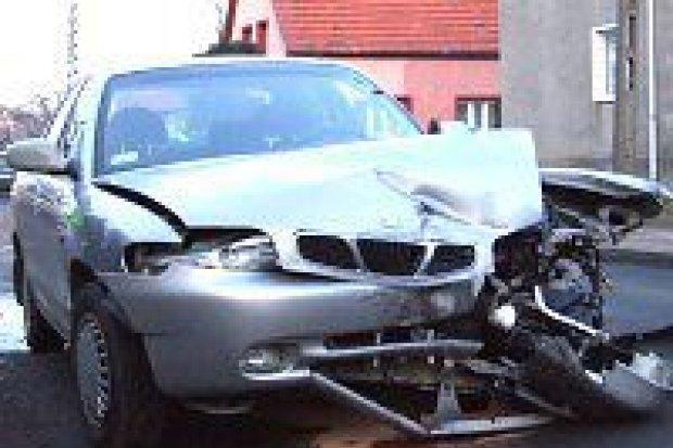 4 samochody zostały uszkodzone w wyniku kolizji