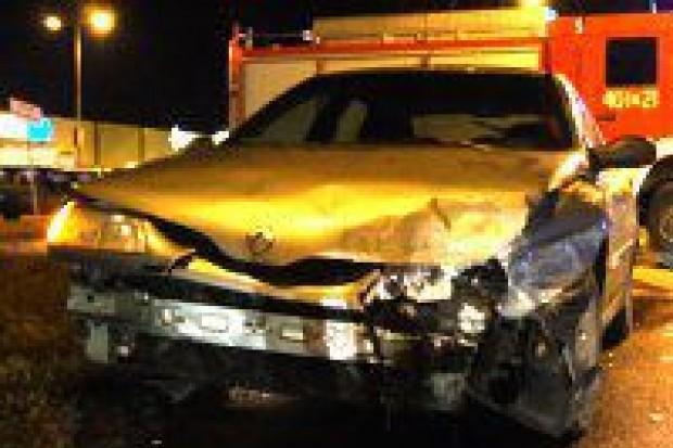 Dwa samochody zderzyły się koło Bricomarche