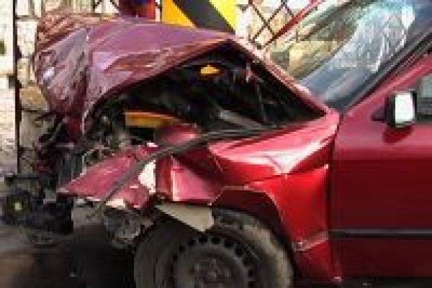Dwie osoby zostały ranne w wypadku w Łaziskach
