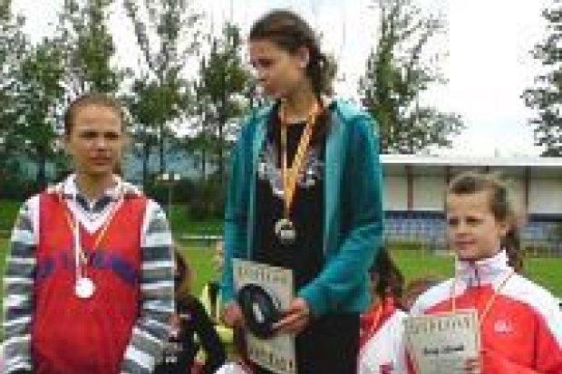 Dziewczęta z SP nr 2 wystąpią w Mistrzostwach Polski