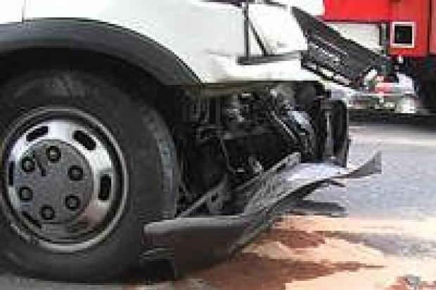Dwie osoby ranne w wypadku w Wykrotach