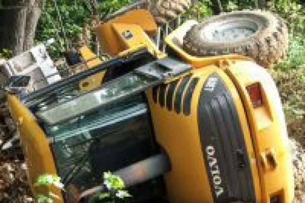Operator ładowarki ranny w wypadku