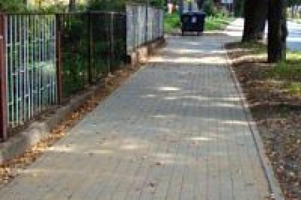 Wyremontowano chodnik przy ul. Lubańskiej