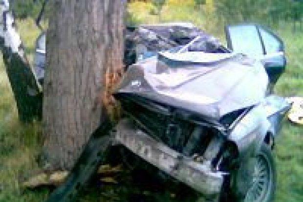 Kierowca BMW zginął w wypadku pod Szczytnicą