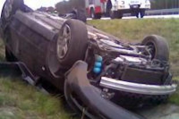 Dwie osoby ranne w wypadku na A18