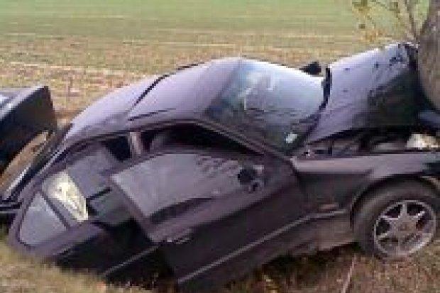 Trzy osoby ranne w wypadku pod Wartą Bolesławiecką