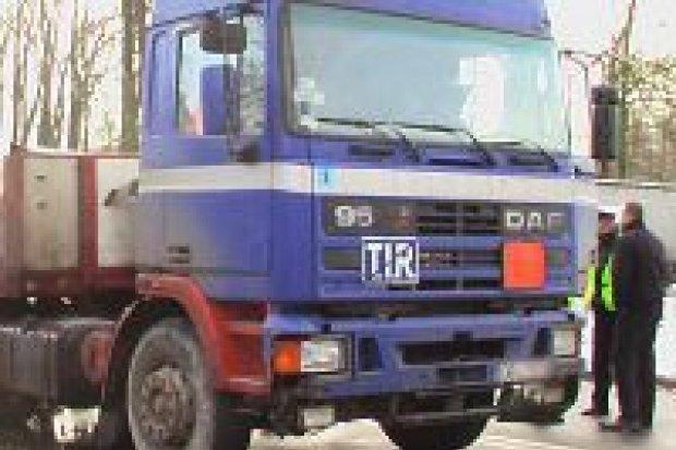 Śmierć na Jeleniogórskiej: zawinił kierowca tira