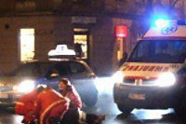 Samochód potrącił kobietę na ulicy Chrobrego