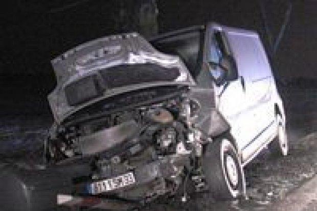 Cztery osoby ranne w wypadku w Kruszynie