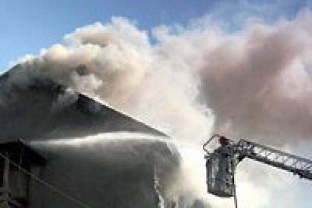 Pożar przy ulicy Spokojnej: spłonęło mieszkanie