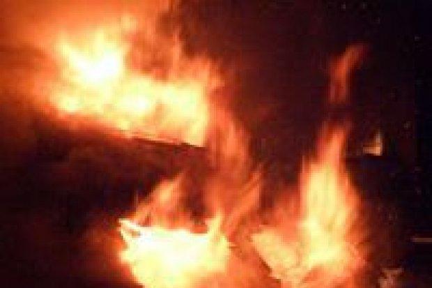 Mężczyzna jak żywa pochodnia, o mało nie spłonął żywcem w Gromadce