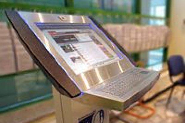 Infokioski: darmowy internet dla turystów i mieszkańców