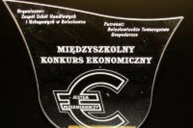 Gimnazjaliści z Gromadki zwyciężyli w konkursie ekonomicznym