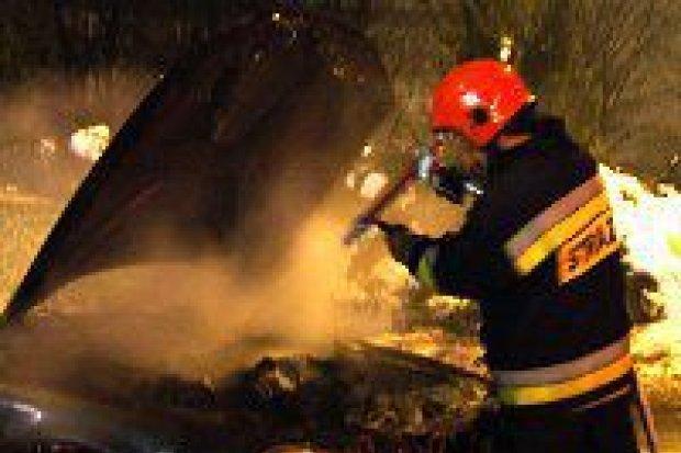 Pożar samochodu na ulicy Asnyka