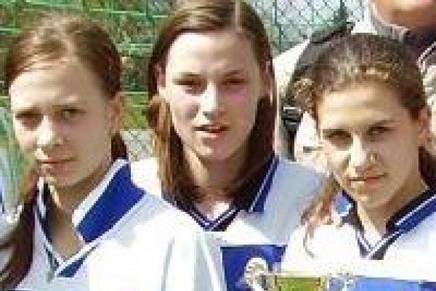 Gimnazjum w Osiecznicy i GS nr 3 najlepsze w piłce nożnej