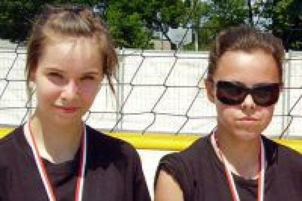 Siatkarki z Gimnazjum nr 2 trzecie na mistrzostwach strefy