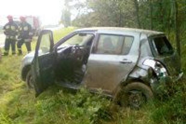Suzuki Swift dachowało na autostradzie