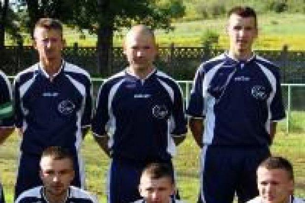 Zwycięstwo GKS Warta nad Czarnymi Lwówek