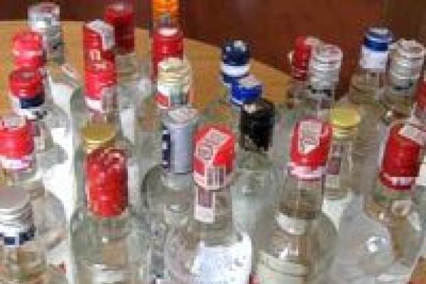Wpadł z nielegalnym alkoholem