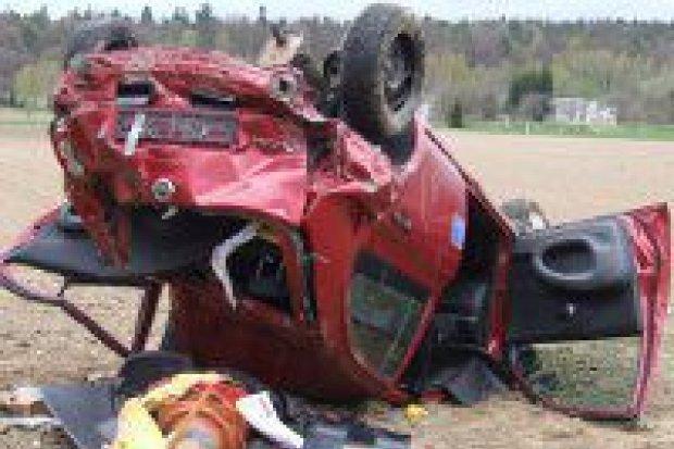 2 osoby ranne w wypadku koło Łazisk
